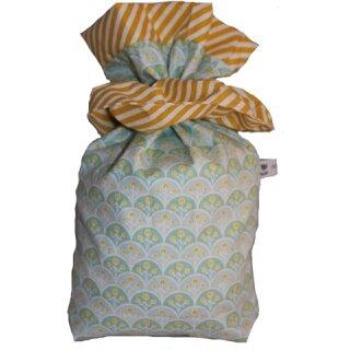 Geschenkbeutel Verpackung aus Stoff Gänseblümchen türkis mit gelb