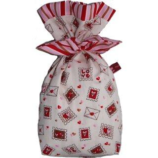 Geschenkbeutel Verpackung aus Stoff Liebesbriefe auf weiß