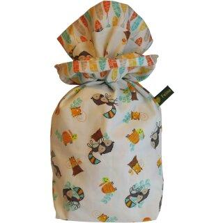 Geschenkbeutel Verpackung aus Stoff Waschbär mit Federn